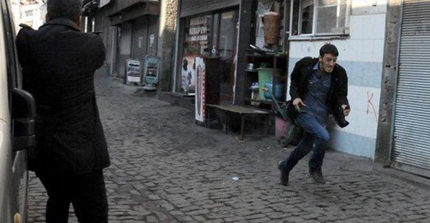 Tahir Elçi vurulurken polis kameramanı kayıtta değilmiş
