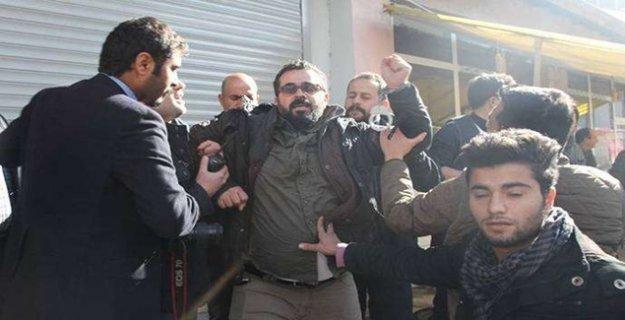Gazeteci İdris Yılmaz'a polis işkencesi