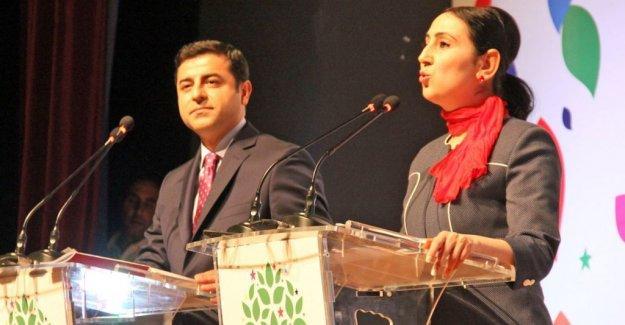 HDP, Dündar ve Gül'ün tutuklanmasını kınadı: Erdoğan tutuklamayı dayatmıştır