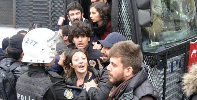 İstanbul'daki YÖK protestosunda gözaltına alınanlar serbest