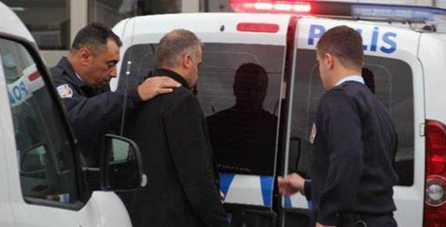 Polis memuru, tartıştığı başhekimi vurdu