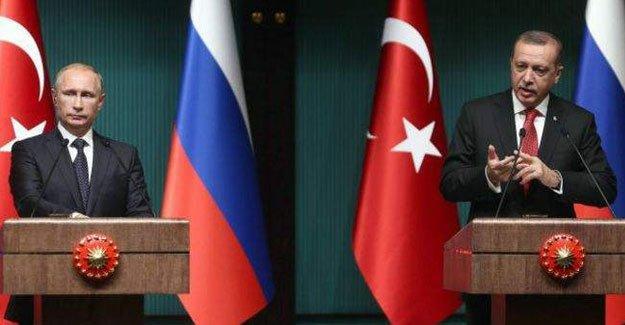 Rusya 'vize muafiyeti' uygulamasının askıya alınacağını açıkladı