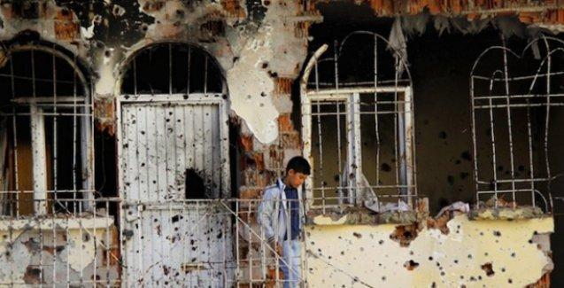 Valiliğe göre Silvan'da evler hendekler kapatılırken zarar görmüş