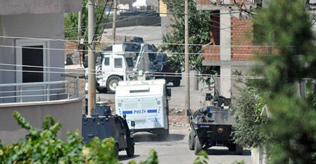 Cizre'de iki kişi öldürüldü
