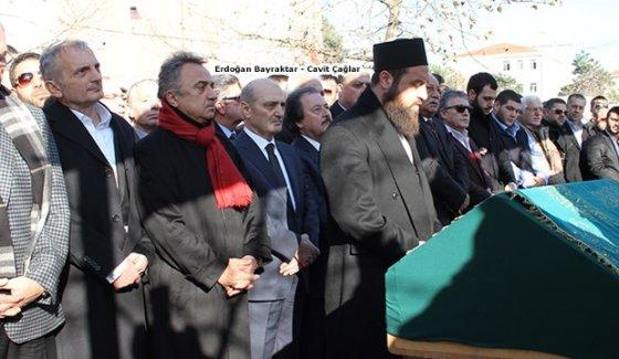 Eski ve yeni 'derin devlet' mafya cenazesinde buluştu