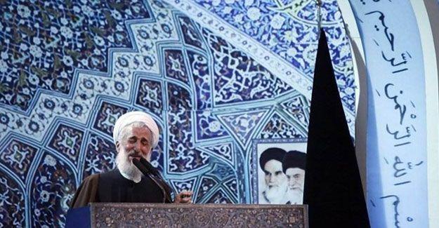 İran'da imamlar Türkiye karşıtı hutbeler okudu