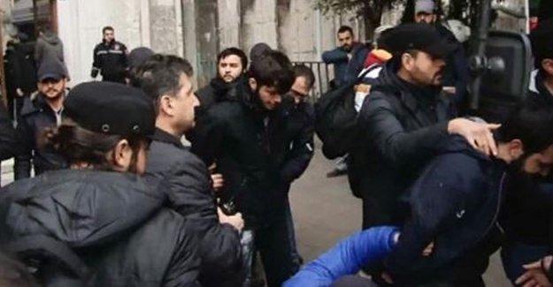 İstanbul Üniversitesi'ne polis girdi: En az 13 gözaltı