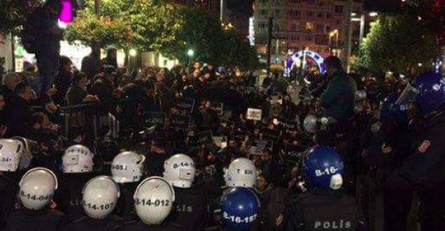 Kadıköy'deki Sur yürüyüşüne polis saldırısı