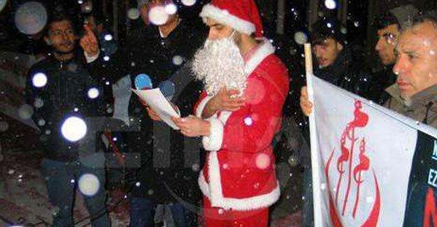 Noel Baba'yı Müslüman yaptılar