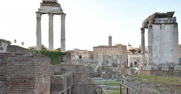 Roma'da 1800 yıllık sütuna adını yazan Türkiyeli öğrenci, gözaltına alındı