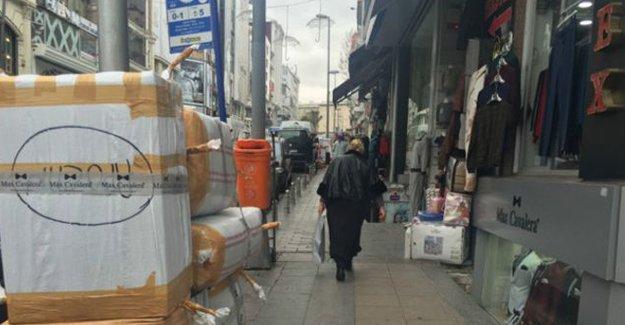 Rusya'yla gerginlik sonrası Laleli'de bavul ticareti krizde