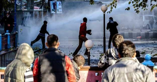 Diyarbakır'daki Sur eylemleri: 2 genç yaralandı, olaylar büyüyor