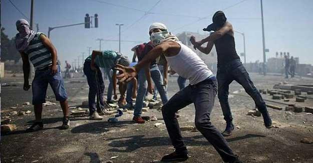 Van'daki protestolarda taş attığı iddia edilen 3 kişiye 19'ar yıl hapis istemi