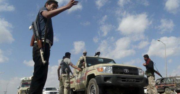 Yemen'de Aden Valisi'ne suikast: Saldırıyı IŞİD üstlendi