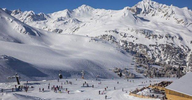Alpler'de çığ: 5 asker hayatını kaybetti