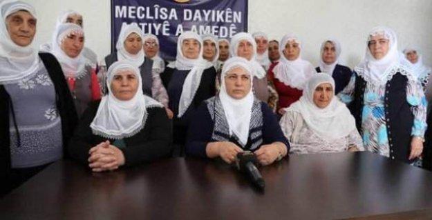 Barış Anneleri'nden akademisyenlere destek
