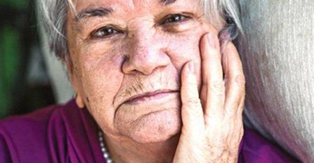Can Dündar'ın annesi: İnsanlar başımız belaya girmesin diye apolitik oluyor
