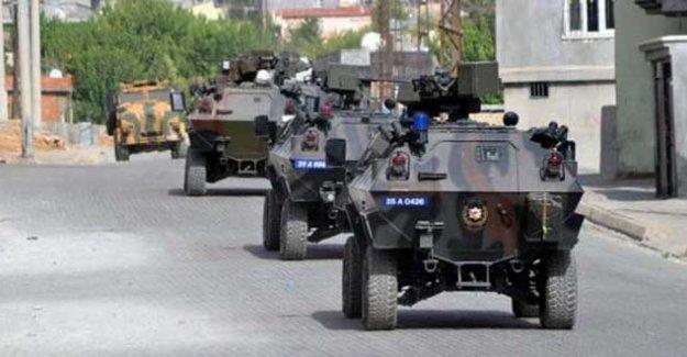 İdil'de zırhlı araca saldırı: 3 polis öldü, 4 polis yaralandı