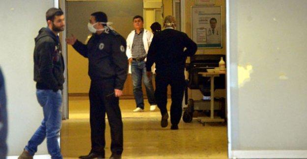 'Domuz gribi' şüphesiyle tedavi edilen 3 kişi hayatını kaybetti