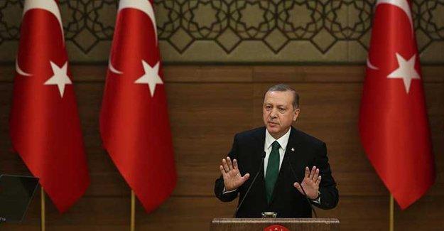 Erdoğan'dan akademisyenlere: Akademik terörün aktörleri