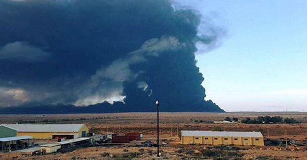 IŞİD Libya'da petrol tanklarını yaktı