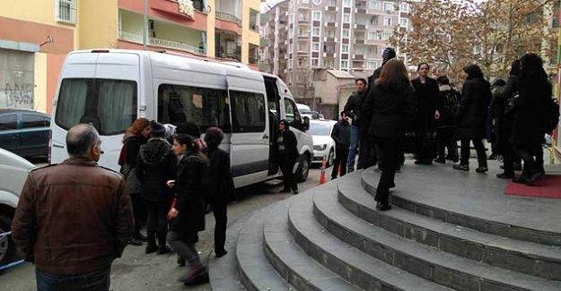 Kadınlar Şırnak'a doğru yola çıktı
