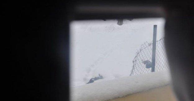 Kar altındaki gençlerin cenazeleri 7 gün sonra alındı