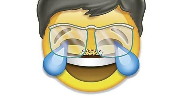 Penguen'in kapağında Davutoğlu emojisi