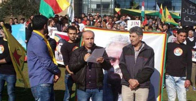 Sokağa çıkma yasakları ve ölümler Lübnan'da BM önünde protesto edildi