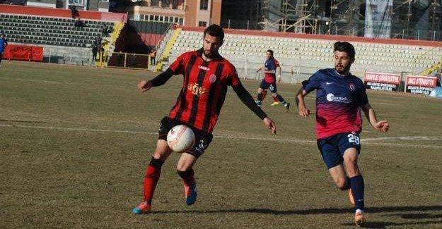 25 yaşındaki futbolcu kalp krizi geçirdi