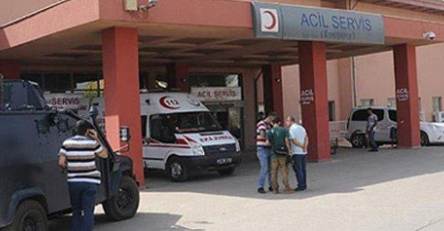 Cizre'de sağlık personeli odaya kapatıldı, cenazeler hastaneye getiriliyor