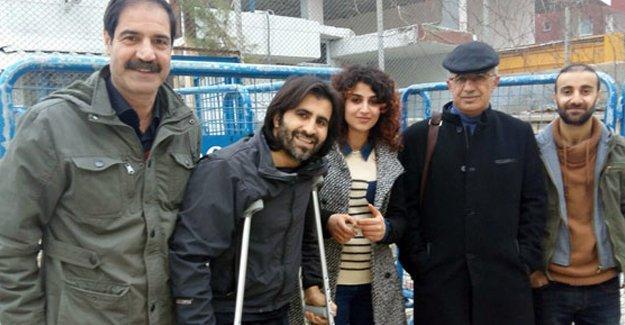 Cizre'de yaralanan gazeteci Refik Tekin serbest bırakıldı