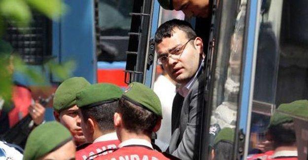 Dink'in katili Samast'ın yakalanma görüntülerinin CD'si kırılmış