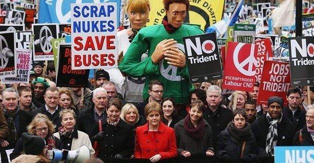 İngiltere'de nükleer silah karşıtı eylem