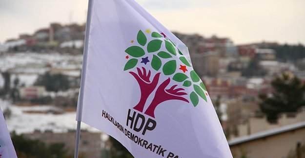 İstanbul'da HDP ilçe binalarında arama yapıldı