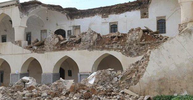 Kerkük'te Osmanlı Kışlası yıkıldı