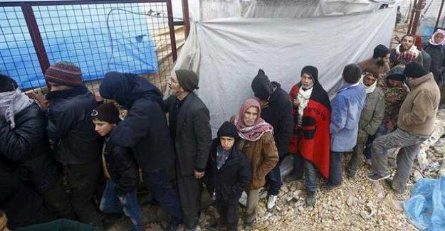 Kızıl Haç: Halep'te 50 bin kişi yerinden oldu
