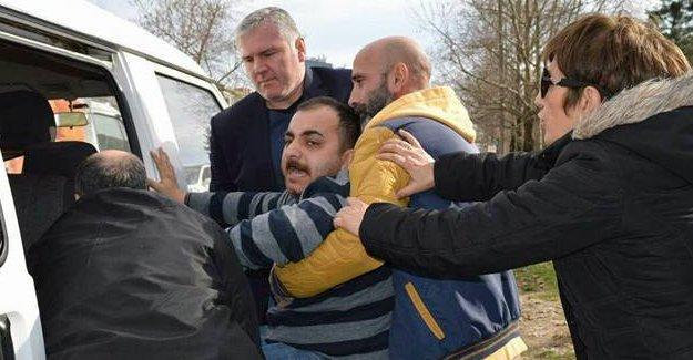 Kocaeli'de 'Ağaçlar kesilmesin' diyen 9 kişi gözaltına alındı