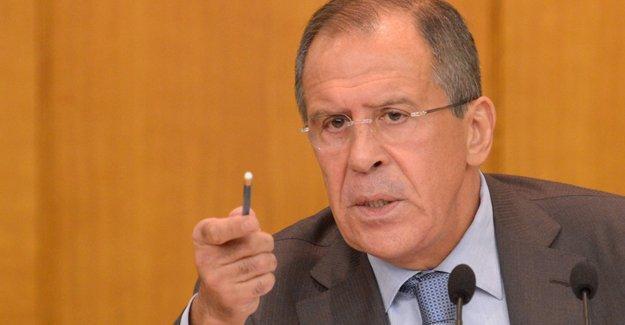 Lavrov: PYD'nin Cenevre'ye katılmasına yalnızca Türkiye karşı