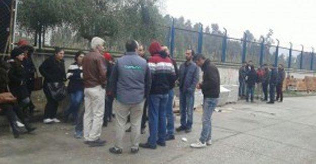 Mersin'de asgari ücret isteyen işçiler işten atıldı