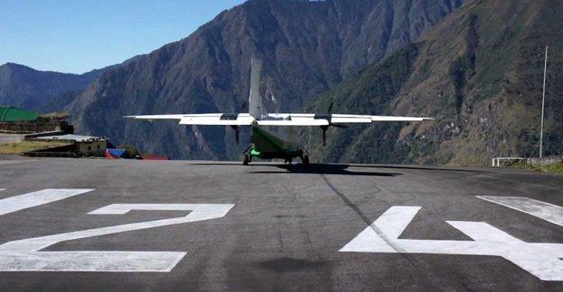 Nepal'de 23 kişinin içinde olduğu uçak kayboldu