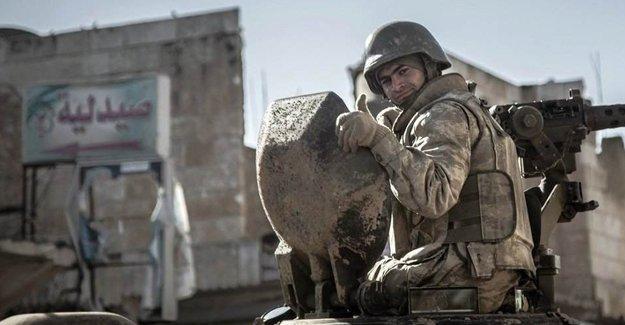 Reuters: Türkiye, Suriye'ye 'kara harekatını' koalisyonla görüşüyor