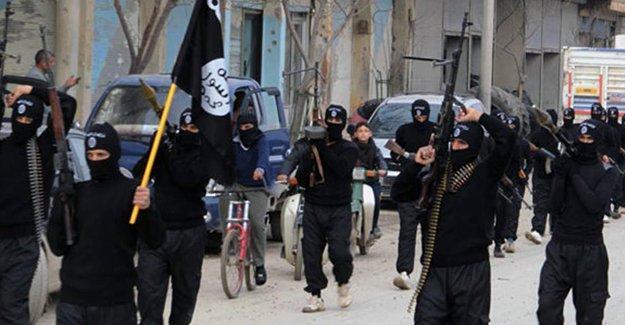 Sınırdaki askerler, IŞİD militanlarının geçişine destek sağlamış