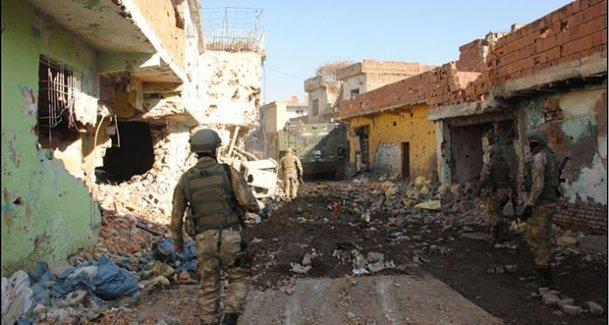 Sur'da yaralanan 1 asker yaşamını yitirdi