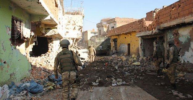Sur'da hayatını kaybeden asker sayısı 2'ye yükseldi