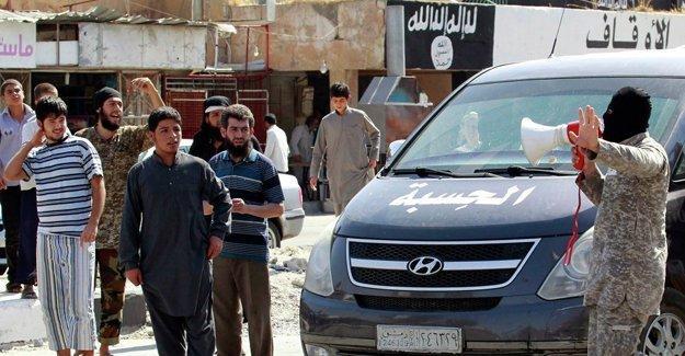 """""""200 IŞİD militanı, örgüte karşı ayaklanan Rakka halkının safına geçti"""""""
