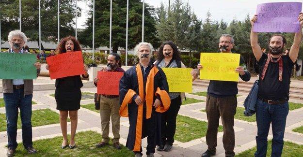 Barış Akademisyenlerine baskı devam ediyor