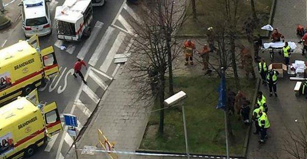 Brüksel'deki canlı bombaların kimlikleri açıklandı