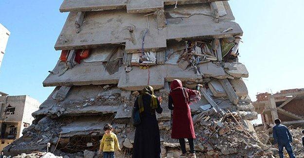 """Cengiz Çandar: Dresden 1945'ten Cizre 2016 adındaki """"mezarlığa"""""""