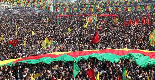 Diyarbakır'da Newroz Tertip Komitesi gözaltına alındı